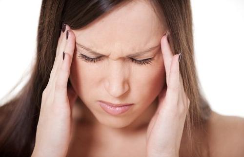 Переутомление также негативно влияет на волосы