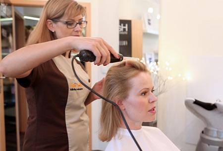 Дарсонвализация для восстановления волос после выпадения