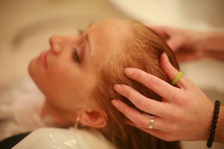 Профессиональный массаж головы
