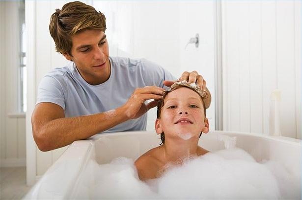 Используйте специальные шампуни для детей