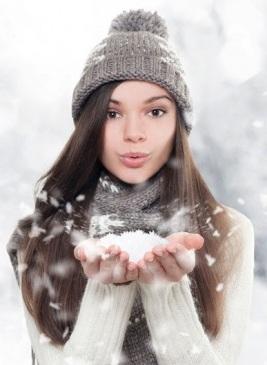 Низкие температуры также отрицательно влияют на волосы