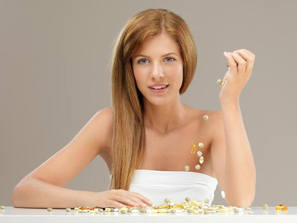 Какие витаминные комплексы для волос самые эффективные