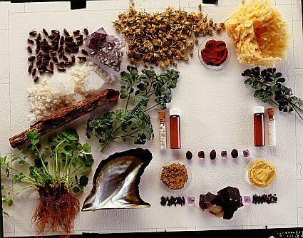 Сырьем для производства гомеопатических препаратов являются различные минералы