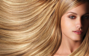Мелирование - это процедура по осветлению или по прокрашиванию отдельных прядей волос