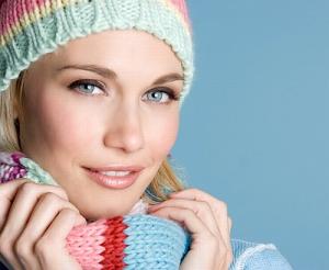 Защищайте кожу головы шарфами или шапочками