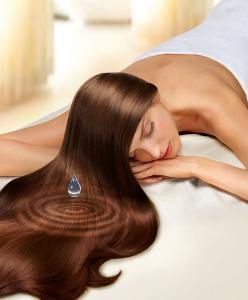 Волосы нуждаются в регулярном увлажнении