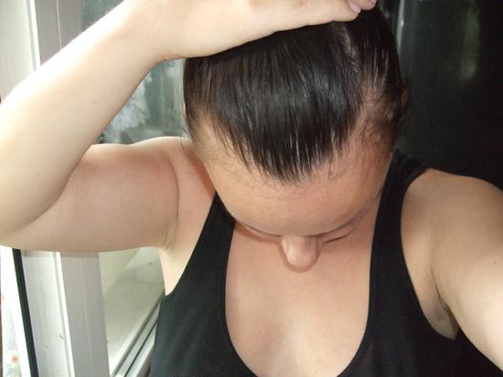 У меня жутко выпадают волосы