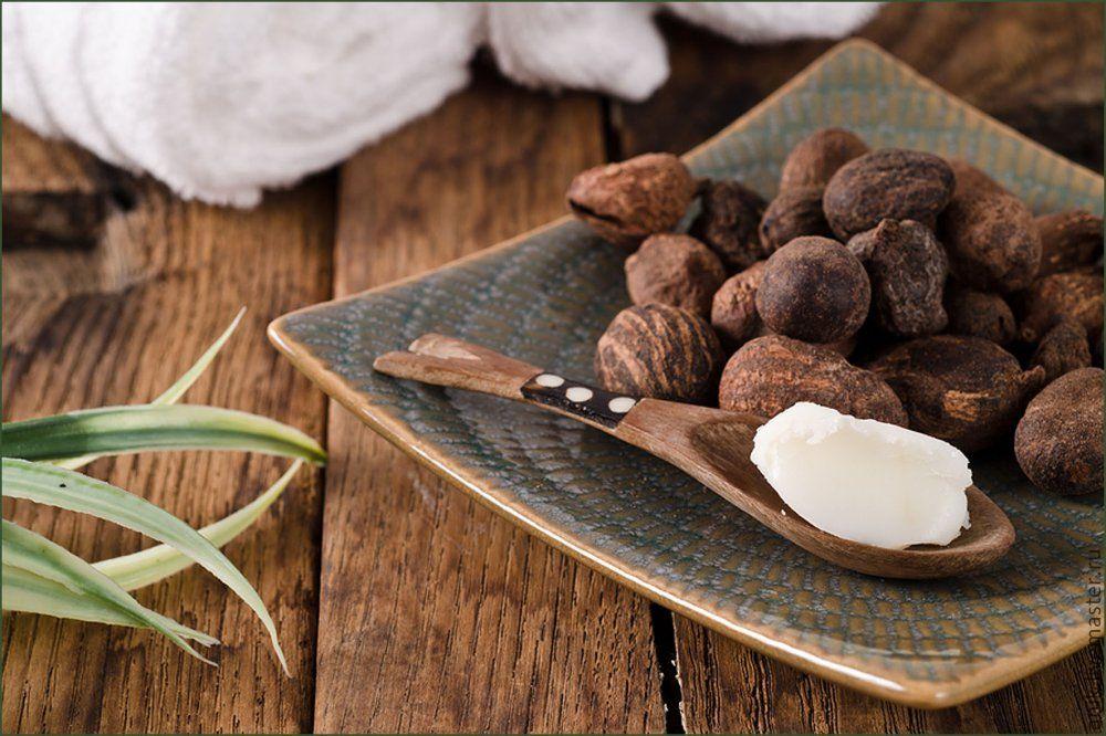 Для ослабленных или поврежденных волос масло ши пожалуй самое хорошее натуральное средство