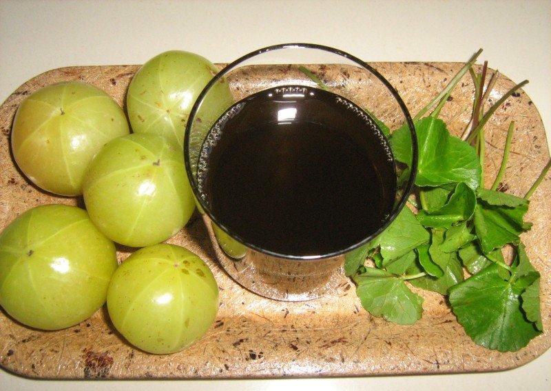 Плоды растения амла (индийский крыжовник)