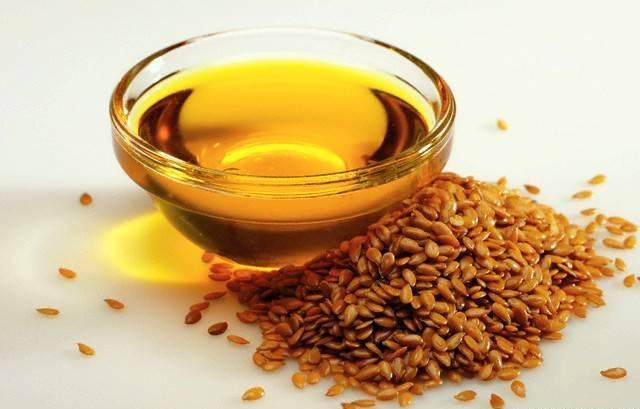 Льняное масло борется с выпадением волос