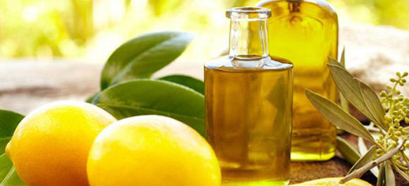 Одним из эфирных масел против выпадения волос является лимон
