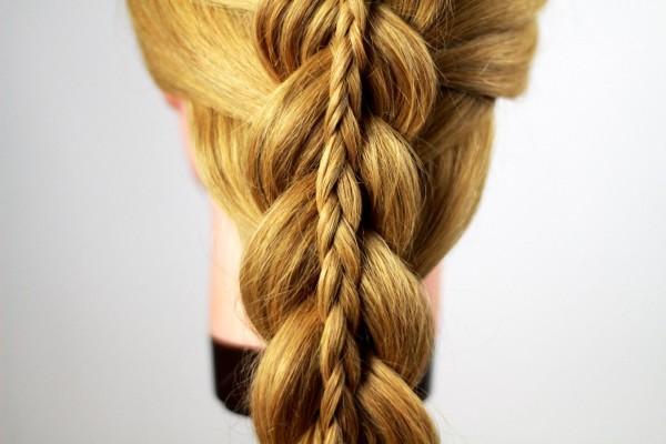 Косички в косе